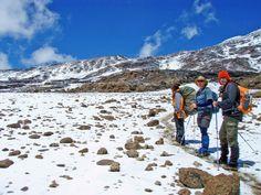 How to climb Mount Kilimanjaro Mount Kenya, Mount Kilimanjaro, East Africa, Africa Travel, Volcano, Uganda, Climbing, Mount Everest, Mountains