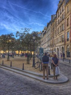 We often blog on the benefits of nature integrated into urbanism and wellbeing outcomes of walkability. The real trifecta is when walkable urbanism, human-scale architecture, and nature come togeth...