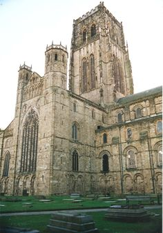ROMANESQUE ARCHITECTURE, England - Durham cathedral, begun 1093.