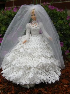 crochet Barbie wedding dress with detachable train. crochet Barbie wedding dress with detachable train. Barbie Crochet Gown, Crochet Barbie Clothes, Barbie Gowns, Doll Clothes Barbie, Barbie Dress, Barbie Doll, Doll Dresses, Barbie Bridal, Barbie Wedding Dress