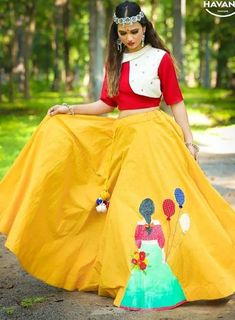 36 indian lehenga choli designs for pre wedding functions 14 Choli Blouse Design, Choli Designs, Blouse Neck Designs, Lehenga Designs, Indian Gowns Dresses, Indian Fashion Dresses, Dress Indian Style, Indian Designer Outfits, Indian Lehenga