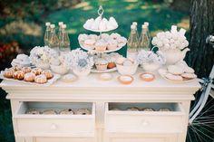 Dessert table corner