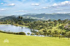 O Lake Villas Charm Hotel & Spa possui o maior jardim privado do Brasil e oferece serviços especiais para tornar a sua experiência memorável. Lugar apaixonante :)