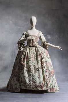 Robe à la française c. 1760.