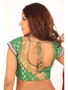 Latest patch work blouse designs 2019 - New Blouse Designs Patch Work Blouse Designs, Pattu Saree Blouse Designs, Simple Blouse Designs, Stylish Blouse Design, Blouse Back Neck Designs, Fancy Blouse Designs, Sari Blouse, Choli Designs, Designer Blouse Patterns