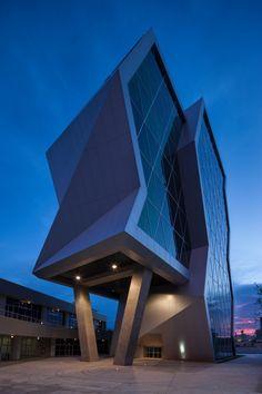 Parque+de+Innovación+y+Transferencia+Técnica+y+Tecnológica+/+Grupo+ARKHOS ☮k☮ #architecture