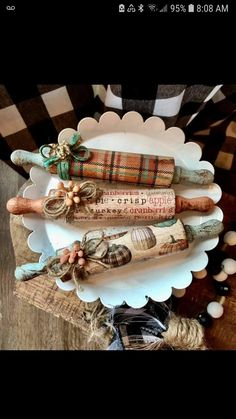 Dollar Tree Decor, Dollar Tree Crafts, Autumn Crafts, Holiday Crafts, Autumn Decorating, Fall Decor, Crafts To Make And Sell, Country Crafts, Fall Diy
