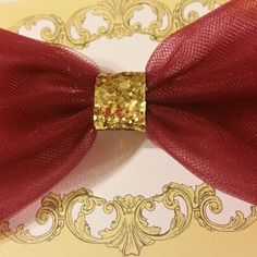 #hairbow #hairpretty #hairaccessory #cranberry #glitter #etsy #ticklefacylane