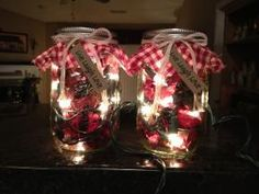 Christmas lights & potpourri in a mason jar!