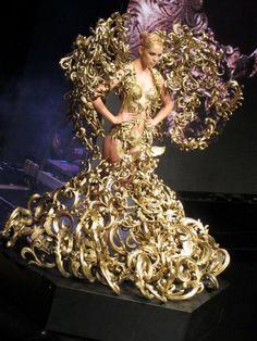 Piece by Tex Saverio, Jakarta Fashion Week