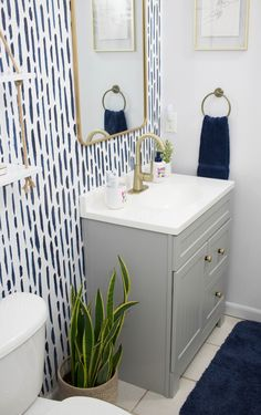 Bathroom Accent Wall, Bathroom Accents, Downstairs Bathroom, Bathroom Kids, Paint Bathroom, Small Bathroom, Girl Bathroom Ideas, Master Bathroom, Budget Bathroom