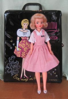 "VINTAGE 1962 IDEAL TAMMY TEEN DOLL IN RARE  ""NURSE'S AIDE"" OUTFIT & VINYL CASE"