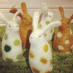 Årets nya färger 🐇 some new colours this year  #tovat #felted #wetfelt #handmade #madeinhalland #ull #wool #swedishwool