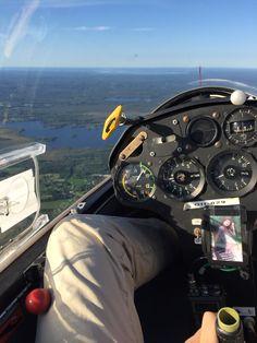 Gliding ✈️ Aircraft Design, Gliders, Dream Big, Airplanes, Prayer, Transportation, Fighter Jets, Sky, Motorbikes