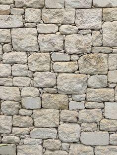 Pierre à bâtir Calcaire de Provence Grass Texture, Stone Texture Wall, Faux Stone Walls, Brick Texture, Brick And Stone, Textured Walls, Textured Background, 3d Stone Wallpaper, Wall Exterior