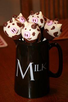 Everybody needs milk Lollicakes