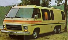 1973 GMC premiered front-wheel drive RVs, whose new technology was incredibly p… – Automobile KRM Gmc Motorhome For Sale, Bus Motorhome, Vintage Motorhome, Motorhomes For Sale, Vintage Rv, Airstream Trailers, Camping Trailers, Gmc Motors, Coaches For Sale