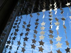 Beautiful. I shall be doing this.     Mädchenkram: DIY stars curtain