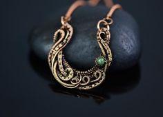 Horseshoe necklace p