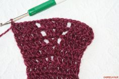 Vesta crosetata; tutorial pas cu pas Knitted Hats, Wool, Knitting, Handmade, Diana, Fashion, Art Crafts, Sweater Vests, Jacket
