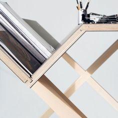 Kant desk by Ippinka http://www.ippinka.com/blog/the-kant-desk/