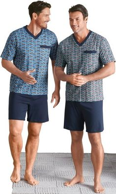 Stylish Mens Outfits, Casual Outfits, Men Casual, Fashion Outfits, Tight Jeans Men, Barefoot Men, Mens Flip Flops, Male Feet, Sexy Feet