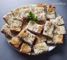 Nebíčkový bryndzový podplamenník (fotorecept) - recept | Varecha.sk Camembert Cheese, Potato Salad, Dairy, Pizza, Potatoes, Ethnic Recipes, Food, Basket, Potato