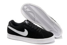 Nike Blazer Solde Low Hommes 1972 Suede Chaussures Noir Blanc http://www.nikeinfrance.com/ https://www.facebook.com/pages/Chaussures-nike-originaux/376807589058057