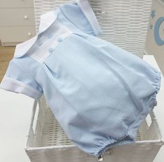 Dresses Kids Girl, Girl Outfits, Kids Girls, Kids Fashion, Baby Boy, Color Celeste, Sewing, Clothes, Ann