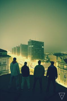 #rooftop #exploring #photography #thehappylinks #friends #city