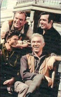 Michael,Dan,Pernell andLorne