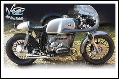 Woah! Lanckriet has sent us a picture of his awesome BMW Cafe Racer. What a beauty!  KEEP SENDING YOUR PICTURES IN, GUYS!!  Complete with a T72 Café Racer Subframe and T67 Café Racer Seat!  http://vonzeti.com/index.php/product/cafe-racer-seat-t67/  http://vonzeti.com/index.p…/product/bmw-cafe-racer-subframe/
