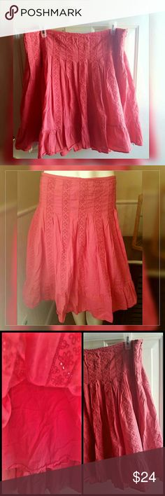 "Coral Skirt Gently worn. Coral Skirt. Zipper on the side. Lined. 100% cotton.   Measurements:  Waist 40""  Low Hip 48""  Length 23"" Venezia Skirts"