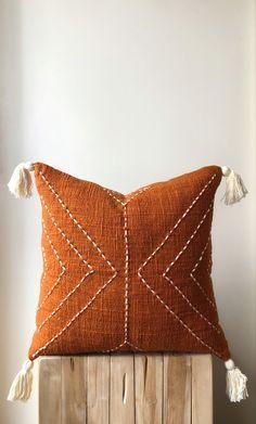 Burnt orange pillows with tassels Burnt Orange Tassel pillow Boho Pillow Australia Orange Throw Pillows, Boho Throw Pillows, Boho Cushions, Diy Pillows, Decorative Pillows, Orange Pillow Covers, Handmade Cushions, Modern Pillows, Craft Ideas