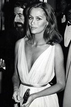 Lauren Hutton circa 1975. Photo by Ron Galella.