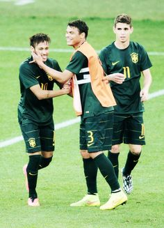 Neymar, thiago silva and oscar!