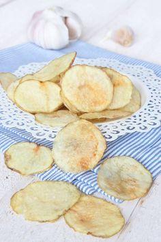 Chips i micron Mug Cakes, Starters, Chips, Snack Recipes, Vegan, Food, Salt, Snack Mix Recipes, Appetizer Recipes