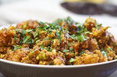[indisch] Sunhere Rangeel Phool - goldene Blumenkohlröschen mit Erbsen | Foodina