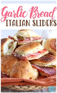 ******Garlic Bread Italian Sliders The Country Cook - I would leave off the giardiniera! This Easy Garlic Bread Italian sliders recipe is made with Hawaiian sweet rolls, pepperoni, salami, provolone, garlic butter and served with marinara! Salami Recipes, Sandwich Recipes, Appetizer Recipes, Easy Potluck Recipes, Yummy Recipes, Snack Recipes, Dinner Recipes, Rolled Sandwiches, Bread Recipes