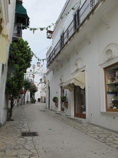 Capri, Italy Capri Italy, I Want To Travel, Pompeii, Sorrento, Vatican, Amalfi, Great Britain, Tuscany, Bella