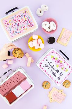DIY Back-To-School Sweet Tooth Lunchboxes