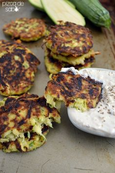 Tortitas de calabacita – calabacín – zucchini o zapallo italiano | http://www.pizcadesabor.com