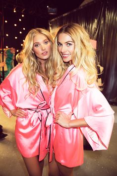 those famous robes though....i need to get one *.*