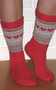 Marimekko, Knitting Socks, Mittens, Knit Crochet, Amen, Tejidos, Winter, Slipper, Knit Socks