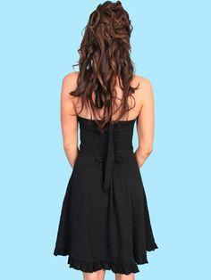Nice black halter dress; notice the HAIR.  Ohhhh, ahhhh.