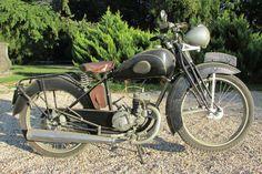 """1940 RENE GILLET 125 cc,""""René Gillet fut une des grandes gloires de l'industrie de la moto française. Née avec le vingtième siècle, les René Gillet furent rapidement appréciées pour leur fiabilité.- Osenat - 13/10/2013"""