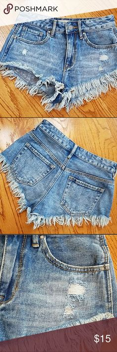 Pac Sun Bullhead High Waisted Denim Shorts Re-posh! I just received these babies and I love them so much, but they just don't fit! They're in great condition, size 24/0. ✨ PacSun Shorts Jean Shorts