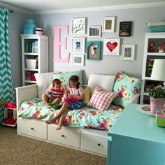 Love this room!!
