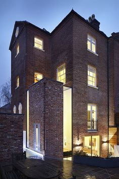 extension & renovation of listed residential building, light wall, brick exterior, by Fraher Architects London Architecture, Residential Architecture, Interior Architecture, Brick Extension, Design Exterior, Glass Brick, London House, Brick Building, House Extensions