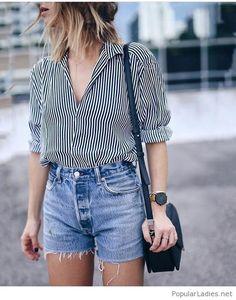 Printed shirt, short jeans and black details